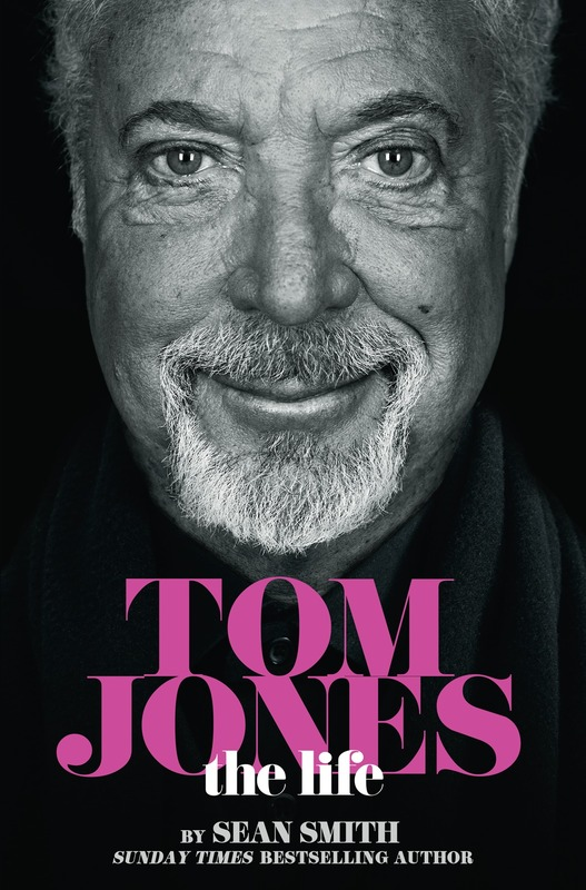 Jacket image for the title 'Tom Jones'